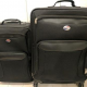 2 Piece American Tourister Luggage Set (Used Less Than One Year) 5500yen