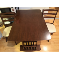 *Sayonara sale* Dining table with two chairs